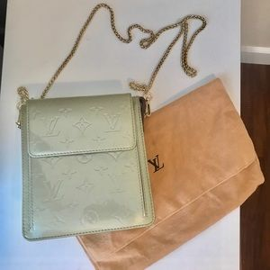 Authentic Louis Vuitton Vernis Mott Crossbody
